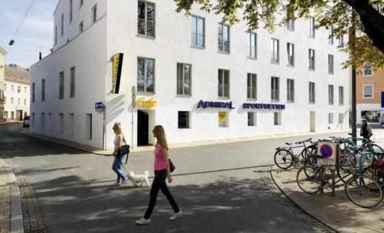 Foto Lendplatz 1 –  Goldener Engel